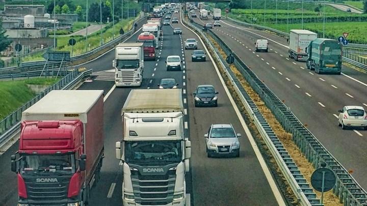 Unfall auf der A 7 zieht erhebliche Verkehrsbeeinträchtigungen nach sich
