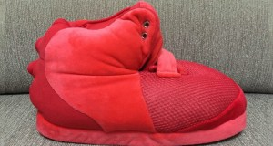 nike-air-yeezy-2-inspired-slippers-1-750x400