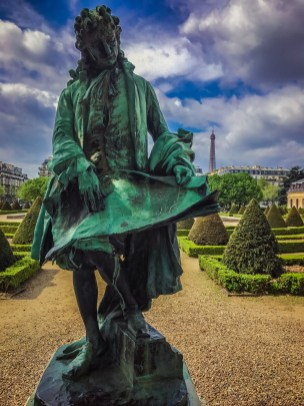 Les Invalides gardens - Statue Of Jules Hardouin Mansart