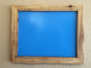 Wouldn't your 8x10 photo look swell matted inside this 11x14 frame?