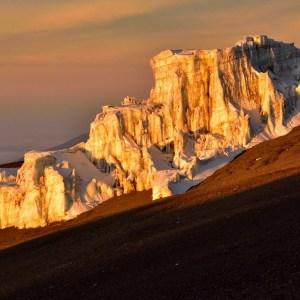 吉力馬札羅冰河