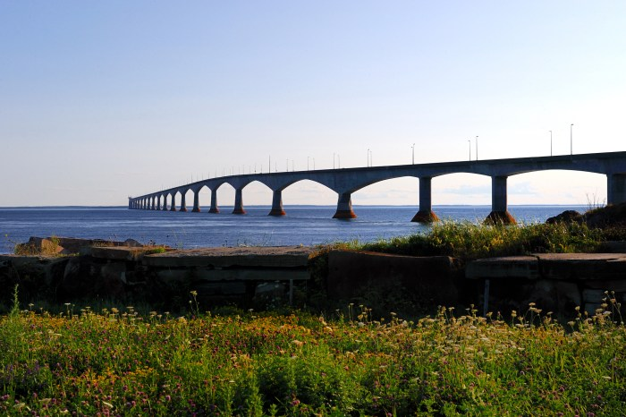 The Confederation Bridge, linking Prince Edward Island to the mainland. Photo: Thinkstock.com