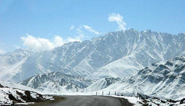 Leh Ladakh snowy mountains white India hill station