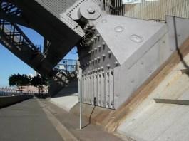 Sydney Harbour Bridge main supports