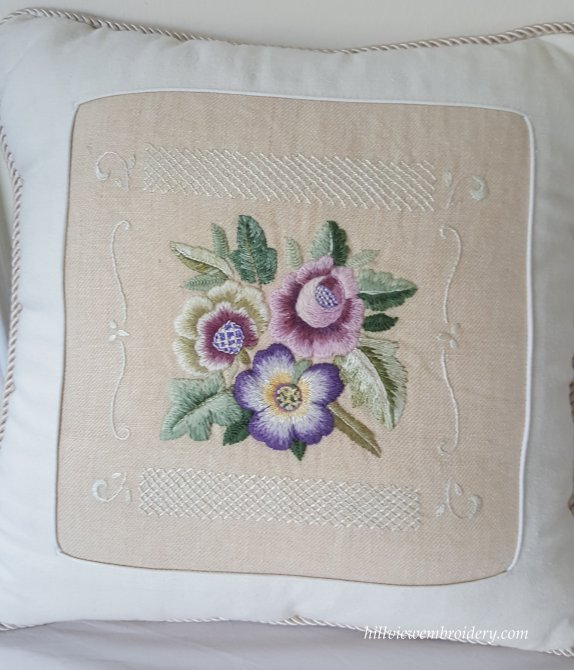 three flowers cushion