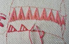 working triangular buttonhole stitch
