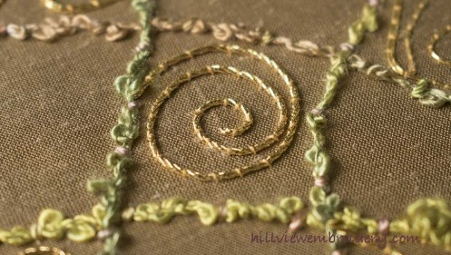 Creating a lovely spiral using gold 3 ply twist