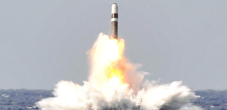 Reino Unido, listo para lanzar ataque nuclear preventivo