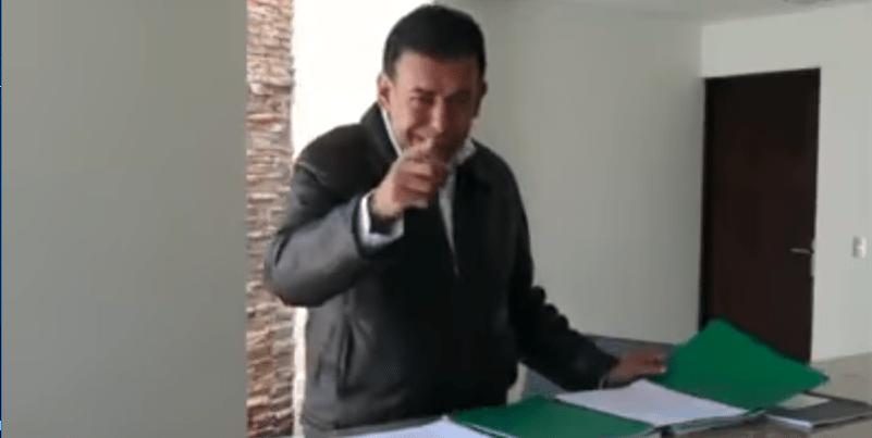 Moreira recomienda a Calderón no tuitear borracho (VIDEO)