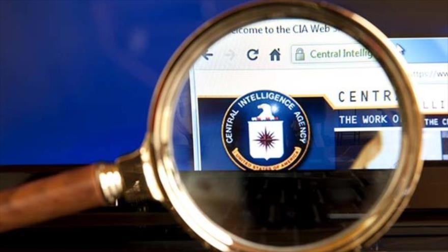 """CIA justifica dar información clasificada a """"periodistas de confianza"""""""