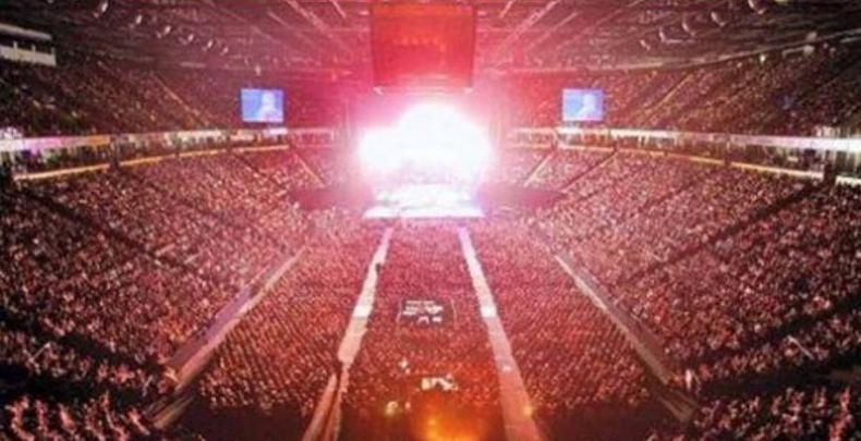 Explosiones en concierto de Ariana Grande: 22 muertos, 120 heridos (VIDEOS)