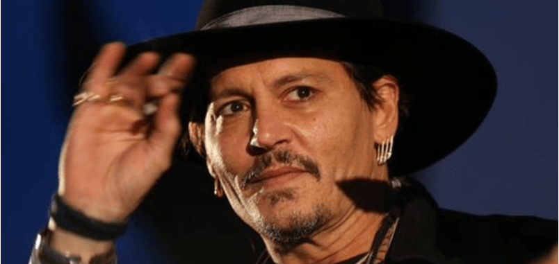 Johnny Depp bromea con el asesinato de Trump (VIDEO)