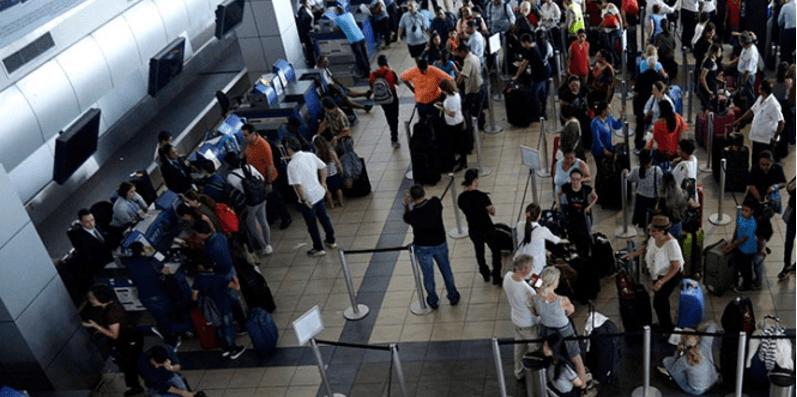 Aeroméxico cancela más de 100 vuelos por sismo