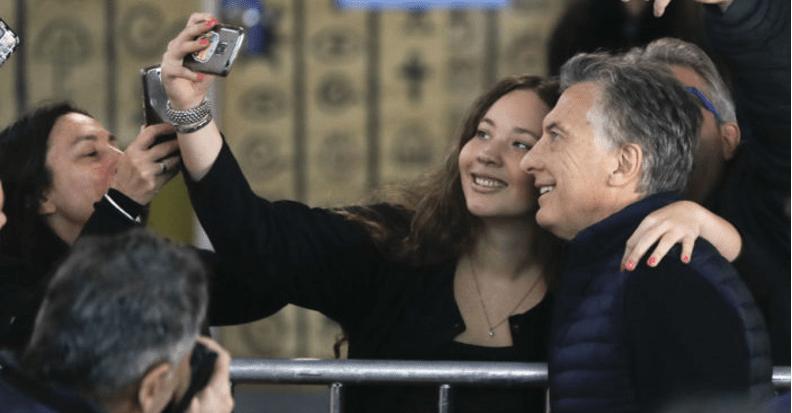 Macri gana elecciones legislativas; Cristina, al Senado
