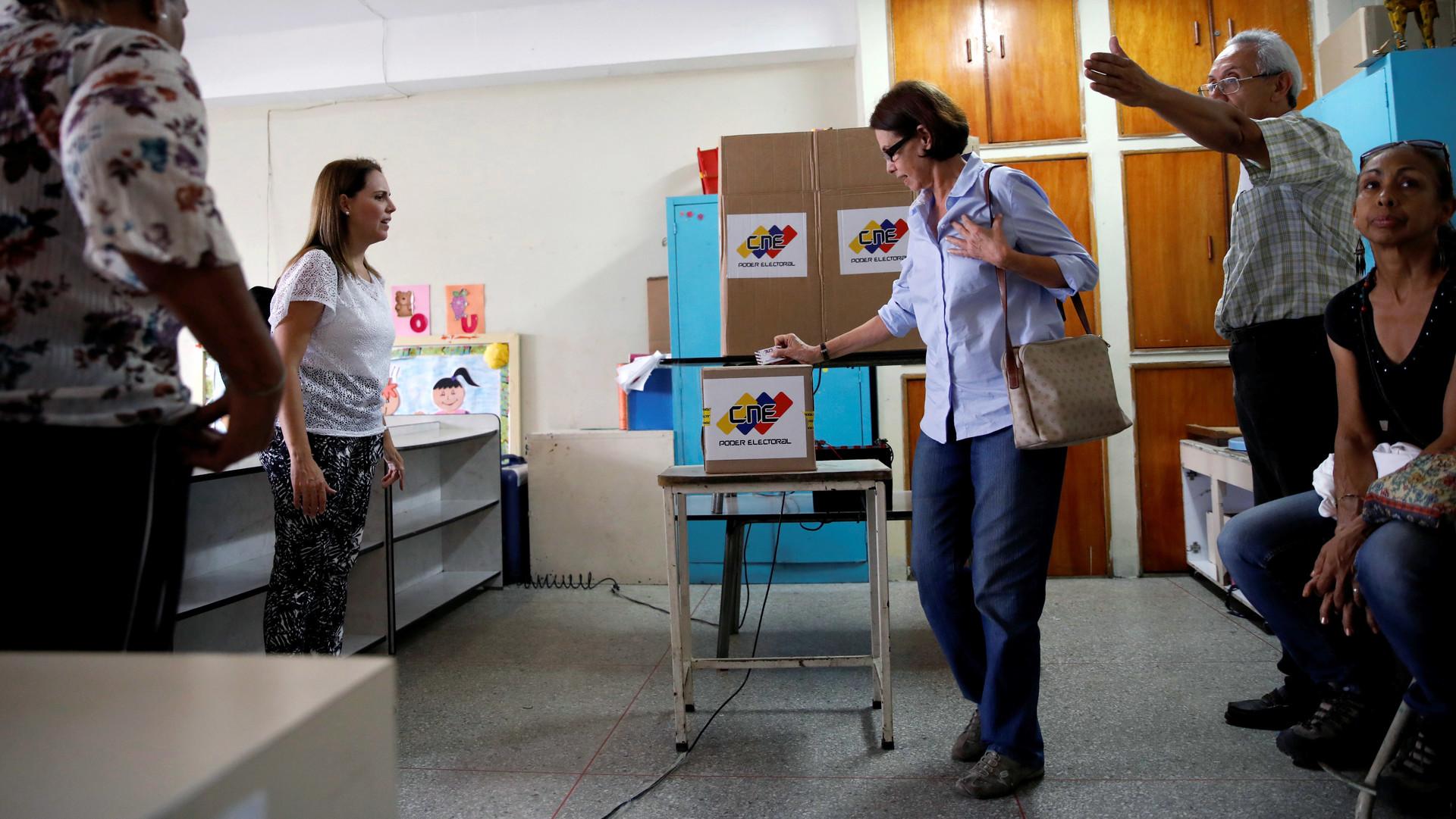 Chavismo arrasa en las elecciones de alcaldes