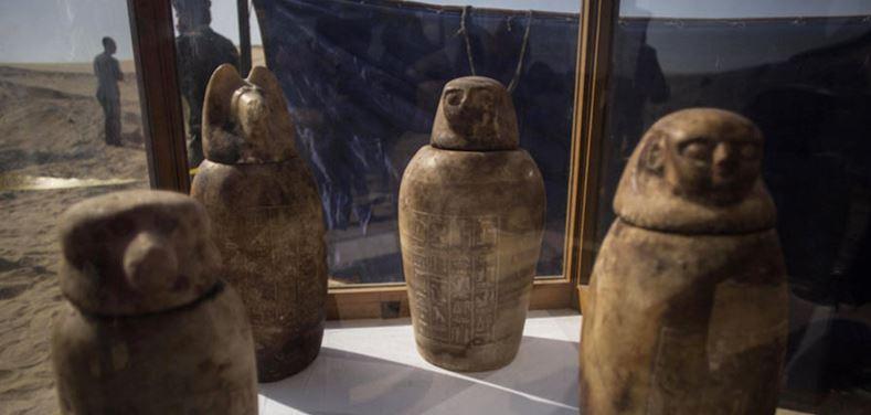 La antigua necrópolis en Egipto con mil estatuas y 40 sarcófagos (FOTOS)