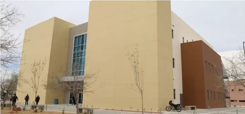 Maestra de UACJ acusa de violación a cuatro docentes