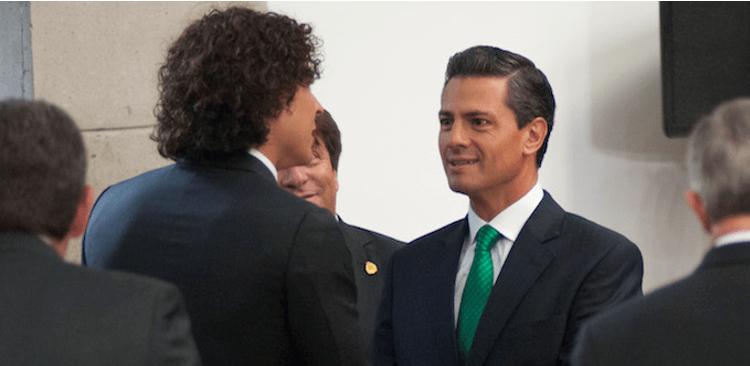 Ochoa puede salvar al Tri, no al PRI