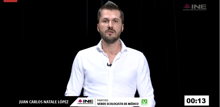 En pleno debate, declina candidato a senador del PVEM por Morena (VIDEO)