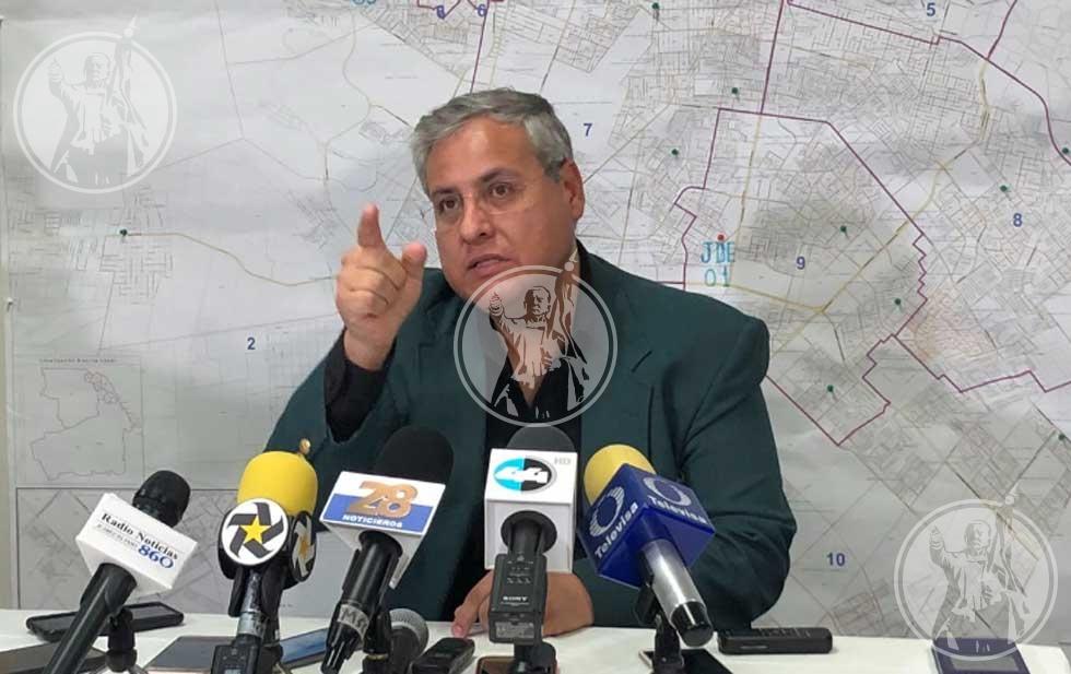 Presidente de la AME se defiende de acusaciones de Cabada