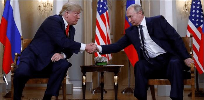 """Tachar a Trump de agente ruso es """"estúpido"""": Kremlin"""