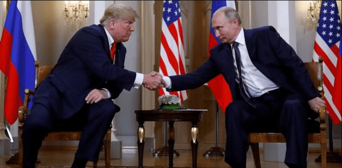 Elogian a Putin en Rusia, atacan a Trump en EU