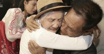 Se reúnen familias separadas por la Guerra de Corea