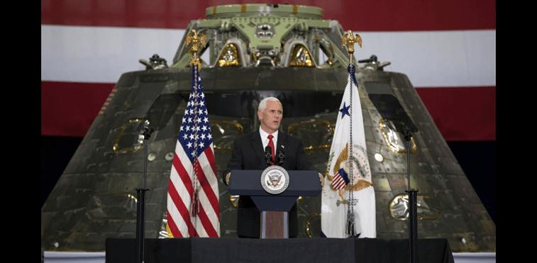 Planea Trump crear Comando Espacial unificado