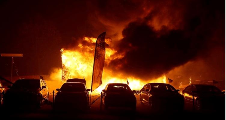 Reportan mil desaparecidos en incendios de California