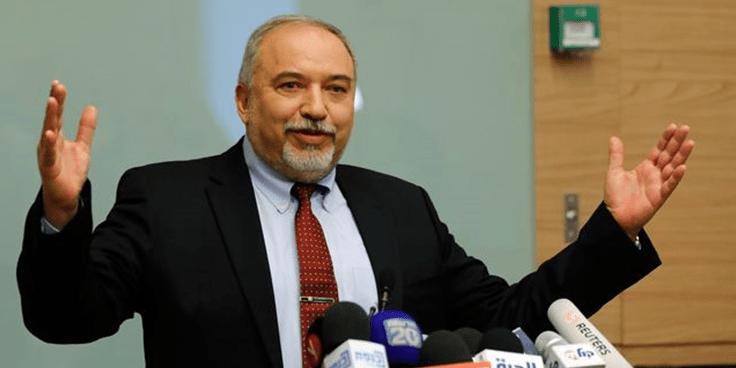 Dimite el ministro israelí de Defensa