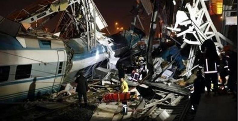 Se estrella tren bala en Turquía: 4 muertos y 43 heridos