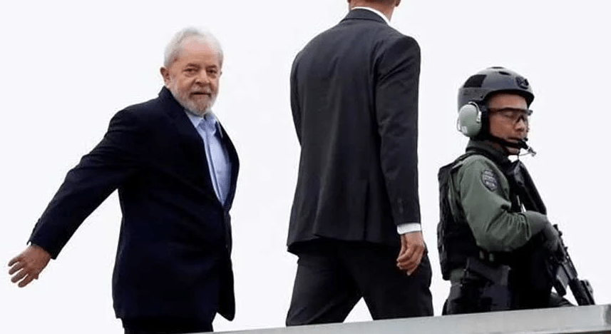 Tribunal reduce la sentencia a Lula da Silva