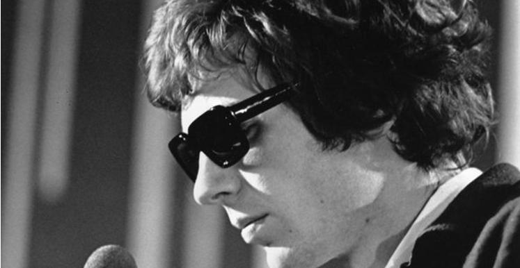 Scott Walker, influyente figura del rock de artistas, muere a los 76 años