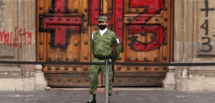 Seis años después miles reclaman en el Zócalo: ¡Justicia!
