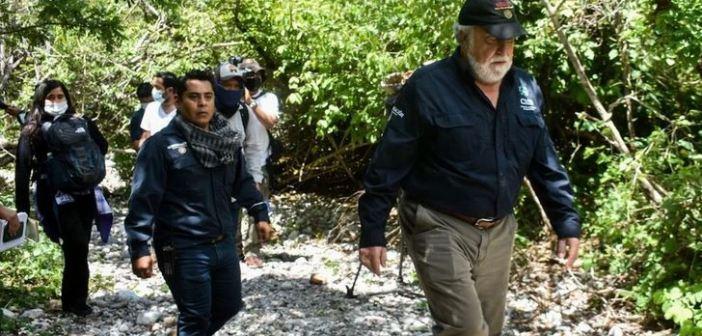 Nuevas pistas sobre los 43 normalistas llevan a Carrizalillo