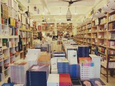 books-actually-singapur-3