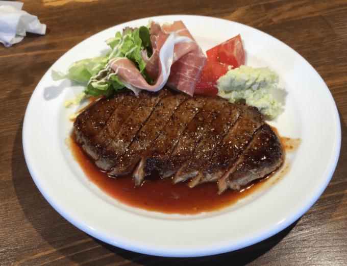 小樽 BAAL ステーキ丼