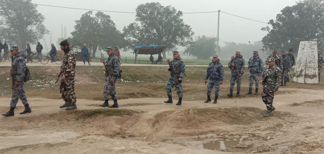 भारतीय नागरिकले प्रहरीको ब'न्दुक खोसेपछि झ'डप, एक जनाको मृ'त्यु