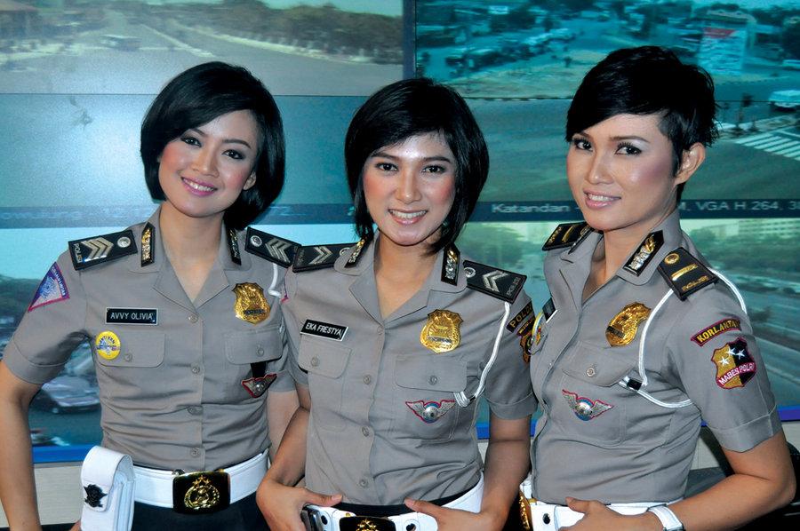 अनौठो देशः जहाँ महिलालाई पुलिसमा भर्ती लिदा कुमा-रित्व चेक गरिन्छ !