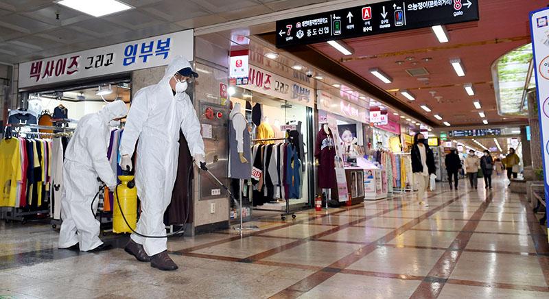 कोरिया पुगेका ११ विद्यार्थीमा कोरोना, महँगो अस्पताल खर्च बेहोनुपर्ने