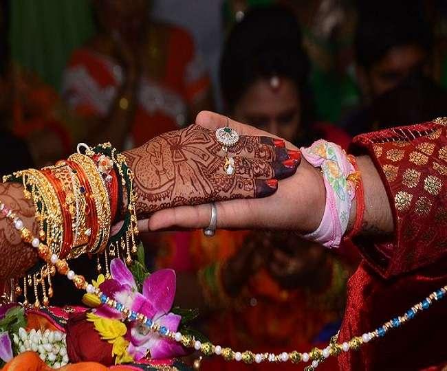 श्रीमतीले गराइदिइन् श्रीमानको उनकै गर्लफ्रेण्डसँग विवाह