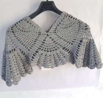 Shell Ponco in Free Fall Gray