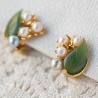 Swoboda スワボダ-天然石-二色真珠と翡翠のヴィンテージ・イヤリング