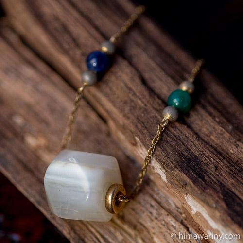 12K-ホワイトアガテと天然石ビーズ・ネックレス