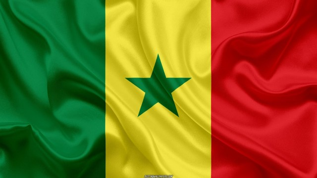 flag-of-senegal-4k-silk-texture-senegalese-flag-national-symbol-himnode.com