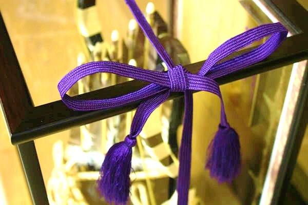 人形ケースの紐