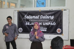 Pemaparan Sekretaris oleh HIMSE Siti Maemunah