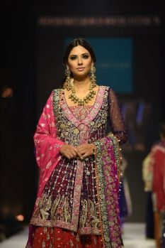 Zainab Chottani FPW15 (1)