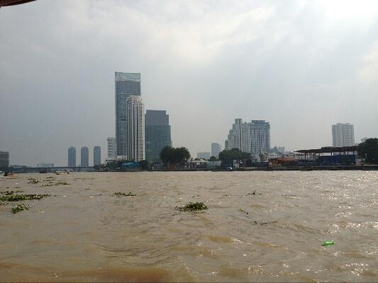 Bangkok from the river taxi