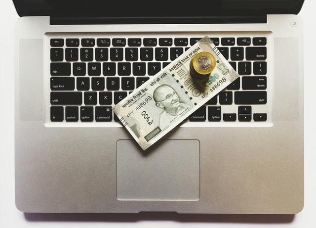 ब्लॉग से पैसे कैसे कमायें? How to Make Money from Blogging – In Hindi